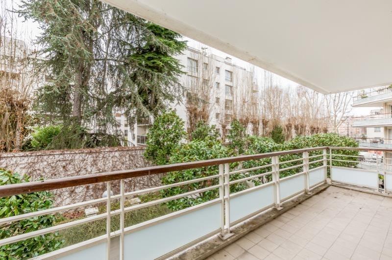 Neuilly sur Seine – Appartement 3p – Balcon – Pkg
