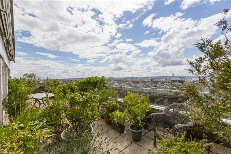 Vendu par TERRASSES ET JARDINS - Paris 19 - Belleville - Appartement 3p - Terrasse - Vue - Box