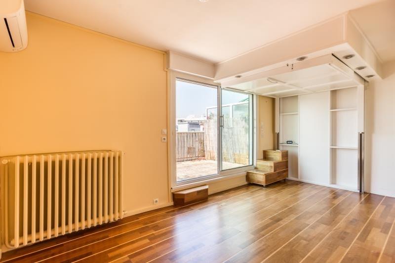 Vendu par TERRASSES ET JARDINS - Paris 15 - Javel - Studio -Terrasse - Dernier étage