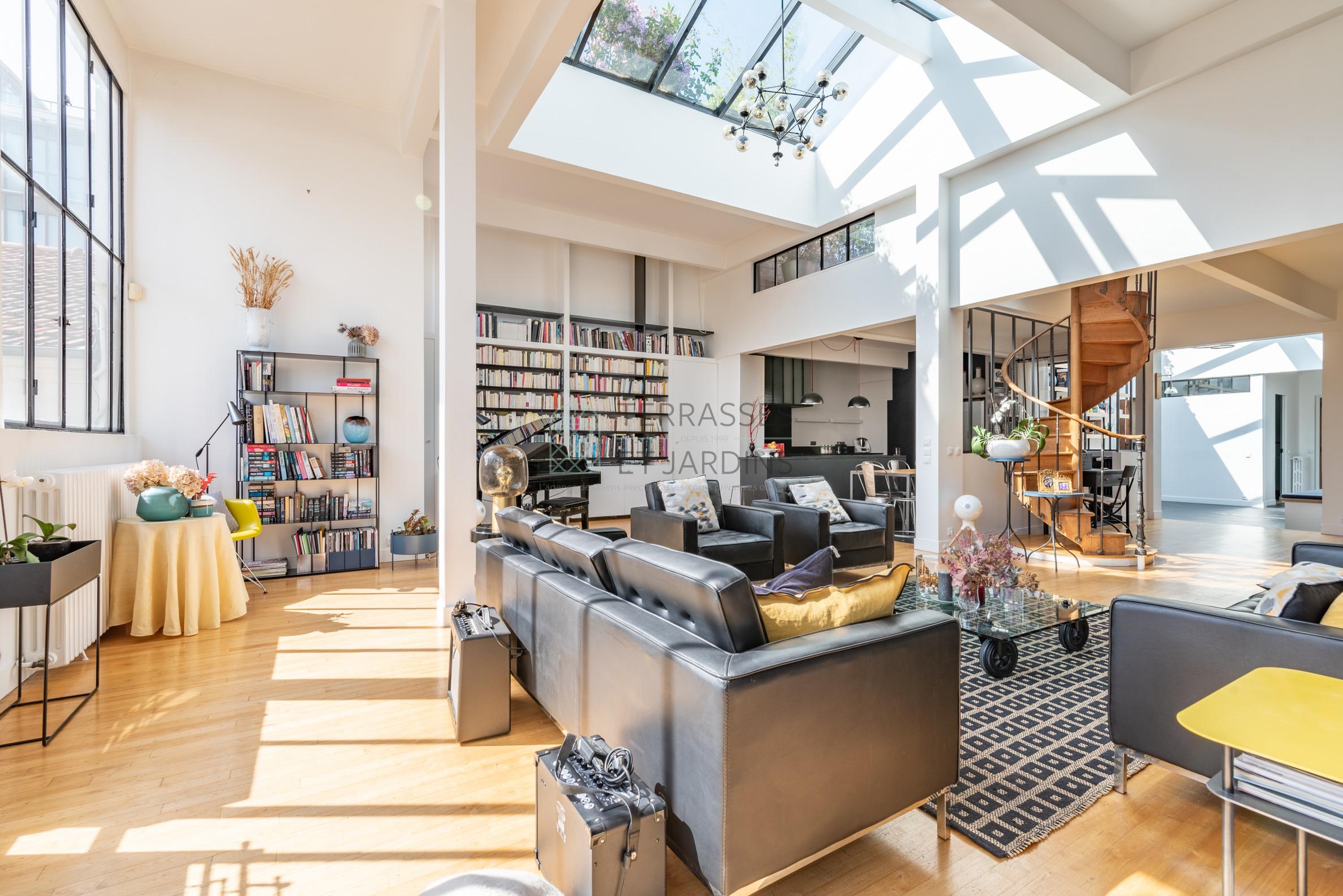 Montreuil – Bas Montreuil – Loft 8p – Toit-terrasse – Pkg