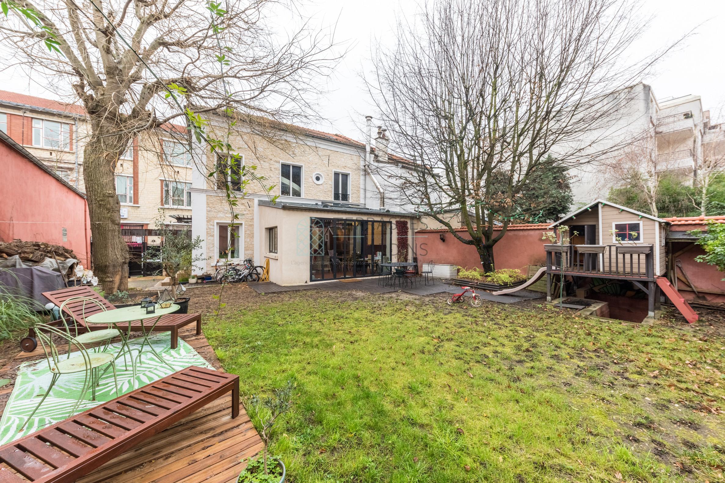 Montreuil – Maison 8p – Terrasse – Jardin – Pkgs