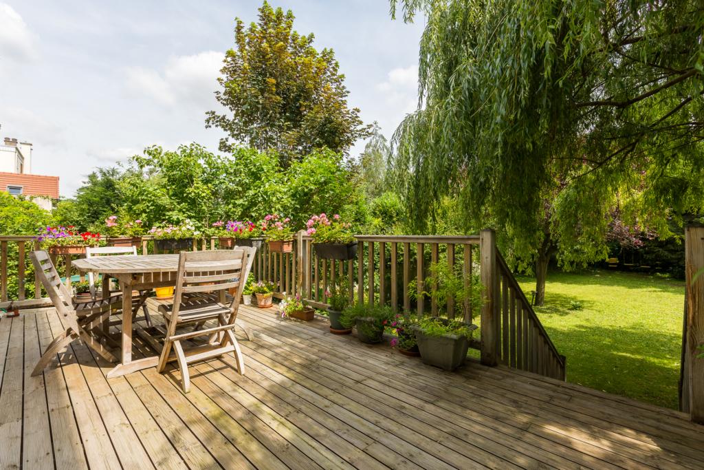 Terrasses et jardins paris est terrasses et jardins for Terrasse et jardin immobilier paris