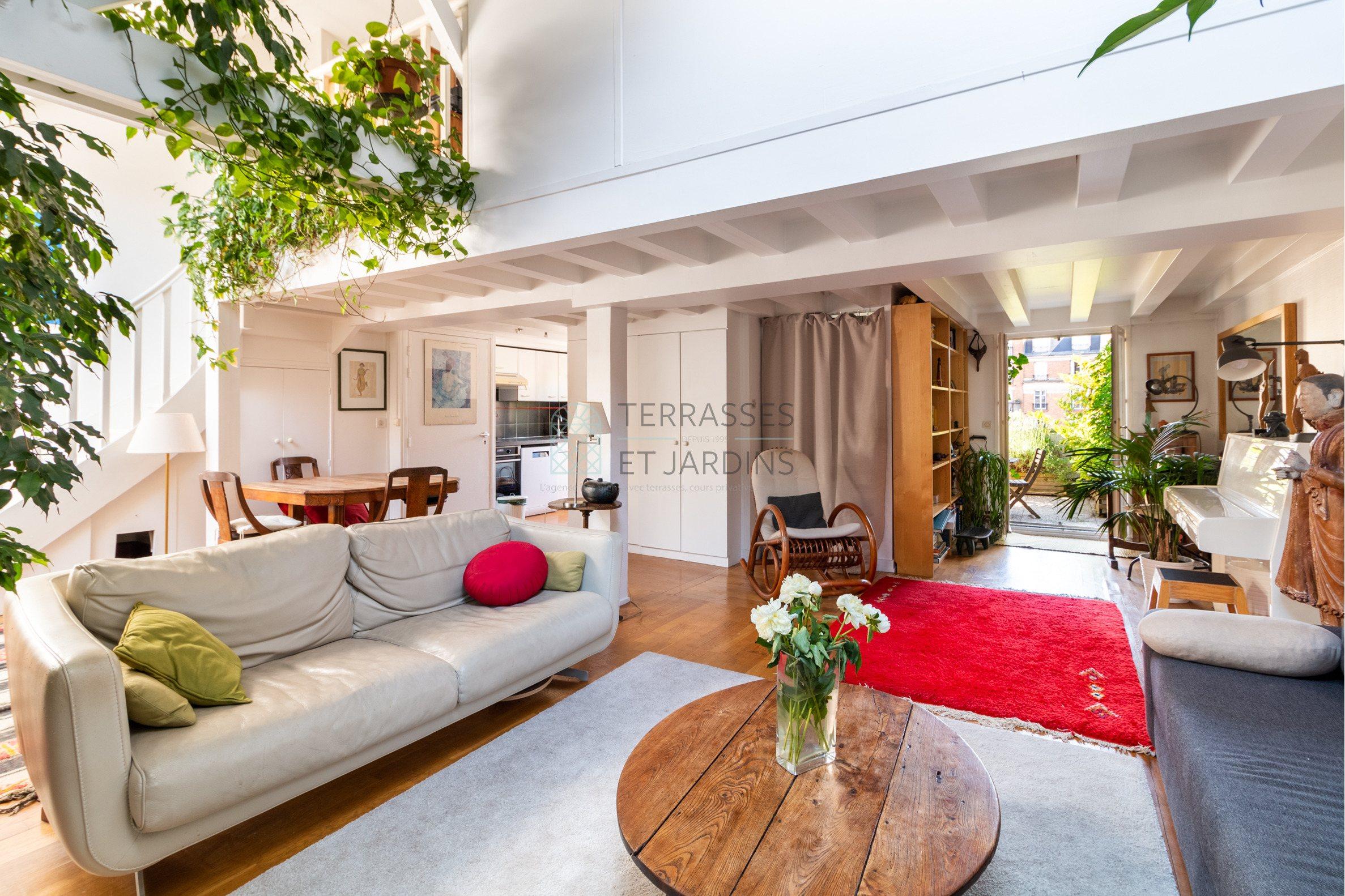 Paris 11 – Bastille – Appartement 4p – Dernier étage – Terrasse