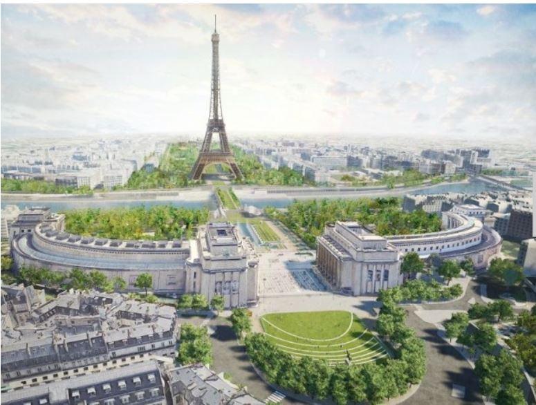 Tapis de verdure aux pieds de la Tour Eiffel
