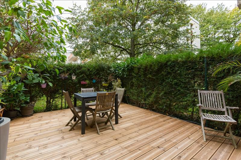 Appartement 2p vendre le plessis robinson avec for Terrasses et jardins paris est