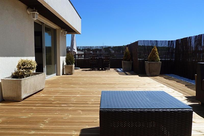 appartement 3p vendre rueil malmaison avec terrasses. Black Bedroom Furniture Sets. Home Design Ideas