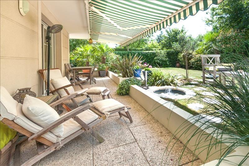 appartement 4p vendre rueil malmaison avec terrasses. Black Bedroom Furniture Sets. Home Design Ideas