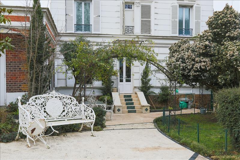 Sèvres – Appartement 4p – Terrasse – Jardin – Pkg