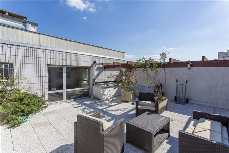 maison 8p vendre montreuil avec loft maison avec terrasse terrasses et jardins 03279. Black Bedroom Furniture Sets. Home Design Ideas