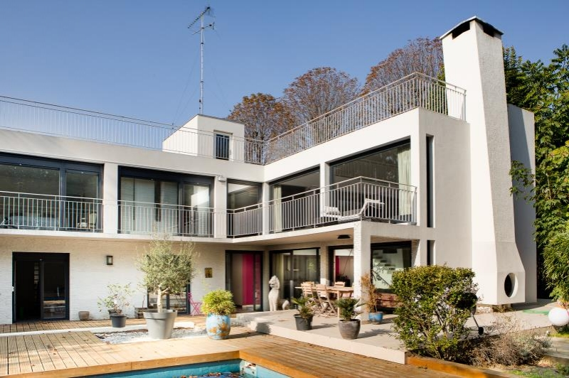 maison 11p vendre st maur des fosses avec terrasses. Black Bedroom Furniture Sets. Home Design Ideas