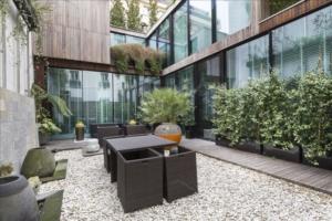 Maison 6p vendre paris 13 avec terrasses et jardins for Piscine 75012