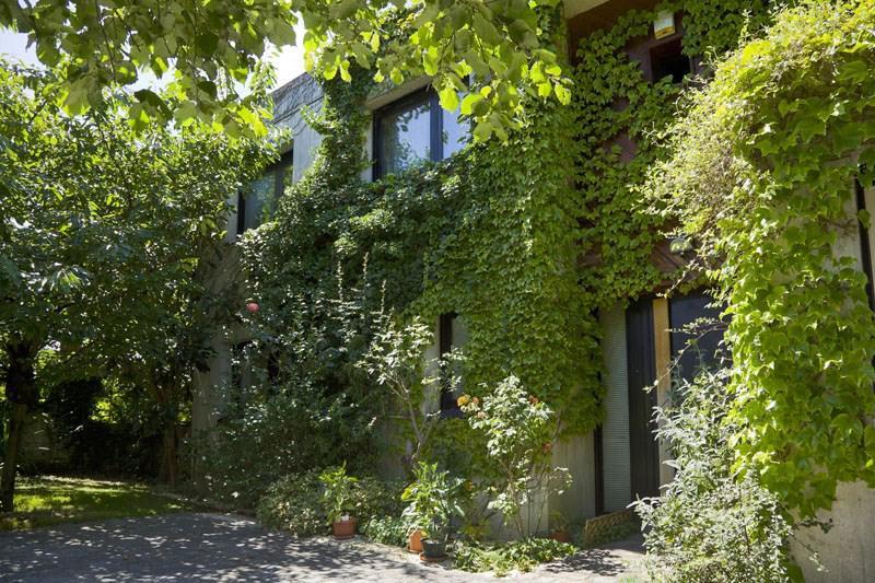 Maison 8p vendre vincennes avec terrasses et jardins for Maison boissy saint leger