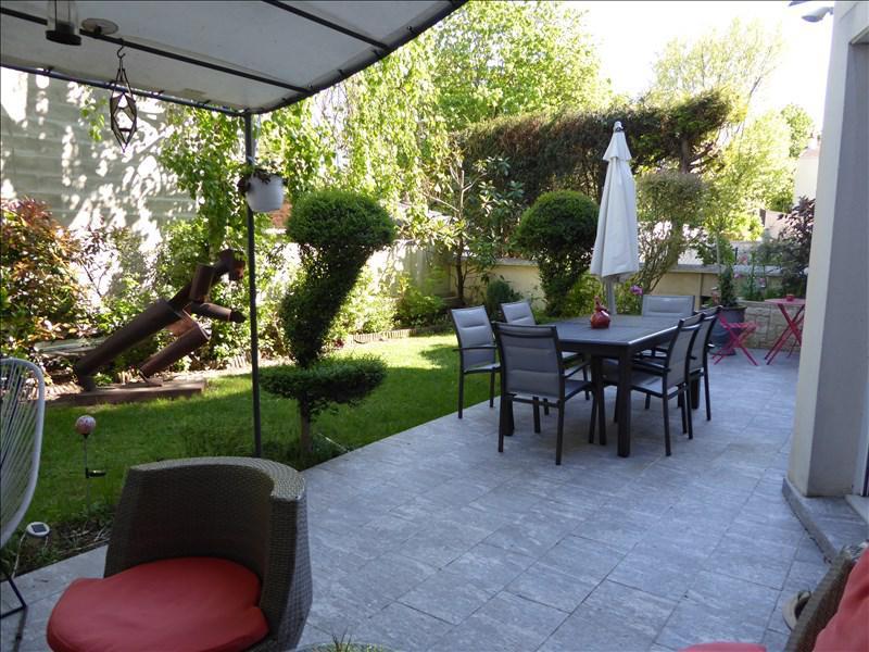 Maison 8p vendre les lilas terrasses et jardins 03897 for Garage les lilas