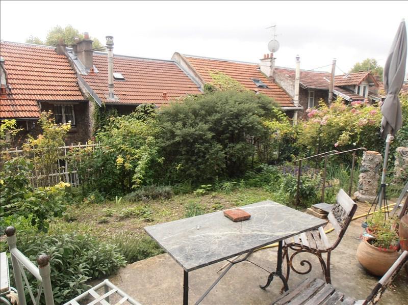 Maison avec jardin paris perfect chambre dans maison avec jardin proche de paris with maison for Maison du jardin paris