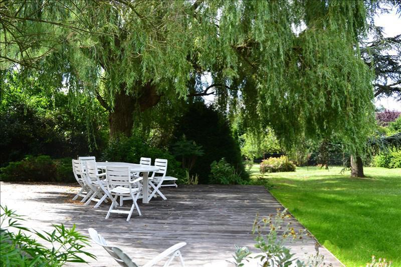 Maison 8p à vendre à SUCY EN BRIE avec - Terrasses et Jardins - 03486