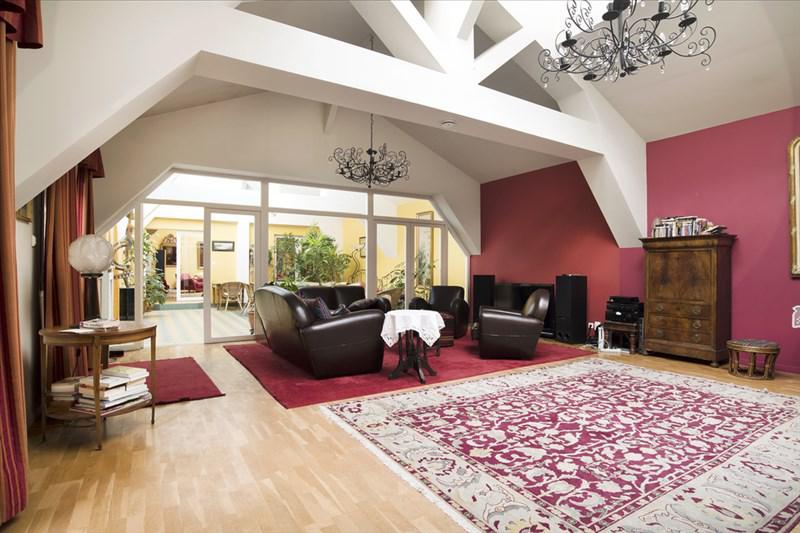 Maison 8p vendre vincennes avec terrasses et jardins for Achat maison vincennes